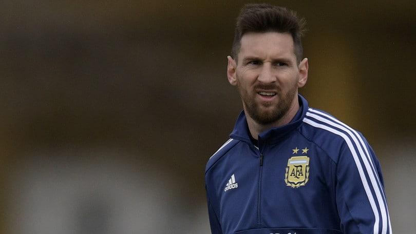 Forbes, Messi è lo sportivo più pagato: Ronaldo e Neymar nella top3