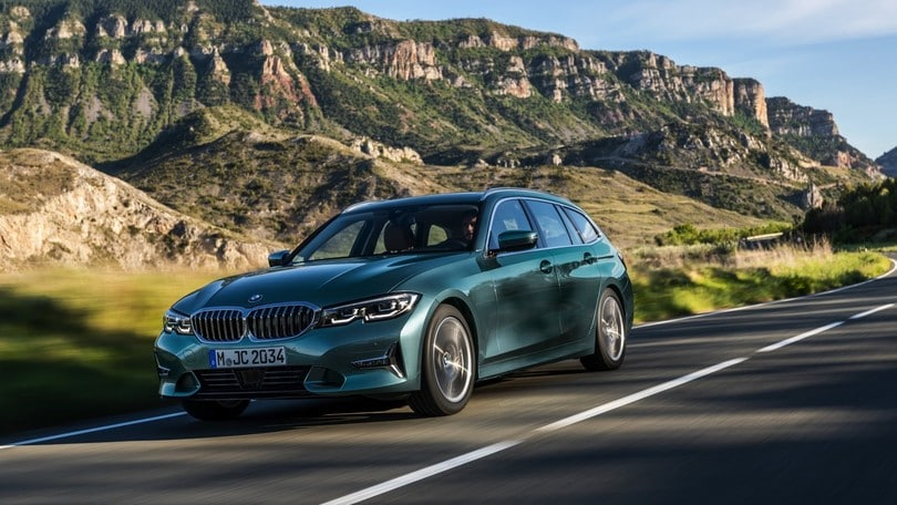 BMW Serie 3 Touring, la station diventa Ibrida plug-in