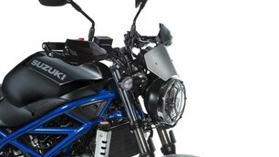 Suzuki SV 650 Scrambler 2.0: le foto