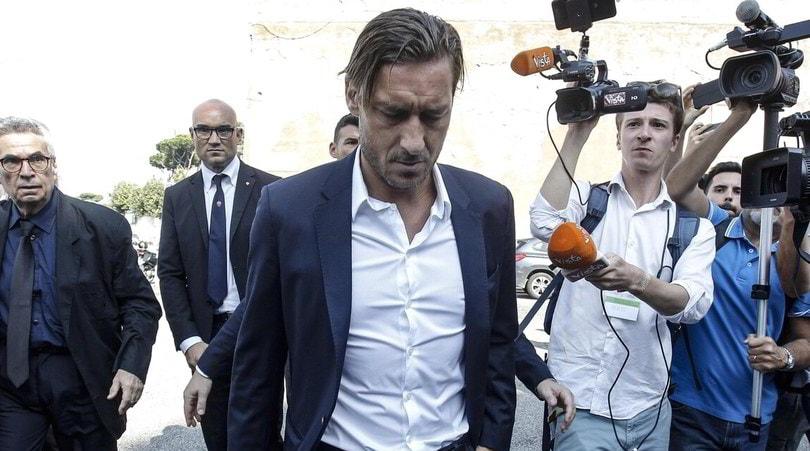 """Conte disse a Totti: """"Vengo, parliamone"""""""
