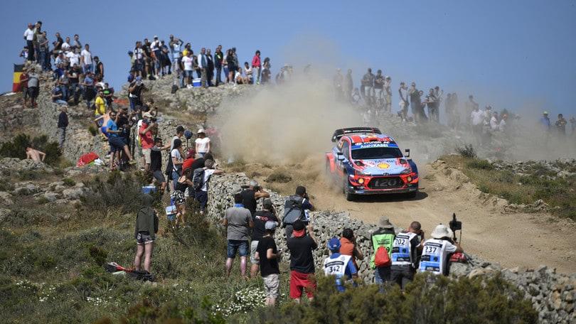 Rally Sardegna: Tanak beffato nel finale, vince Sordo