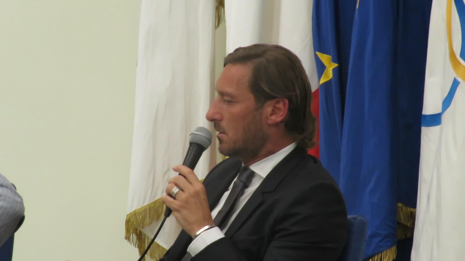 """Totti: """"Via dalla Roma, ma era meglio morire. Ritorno? Sì, con un'altra proprietà"""""""