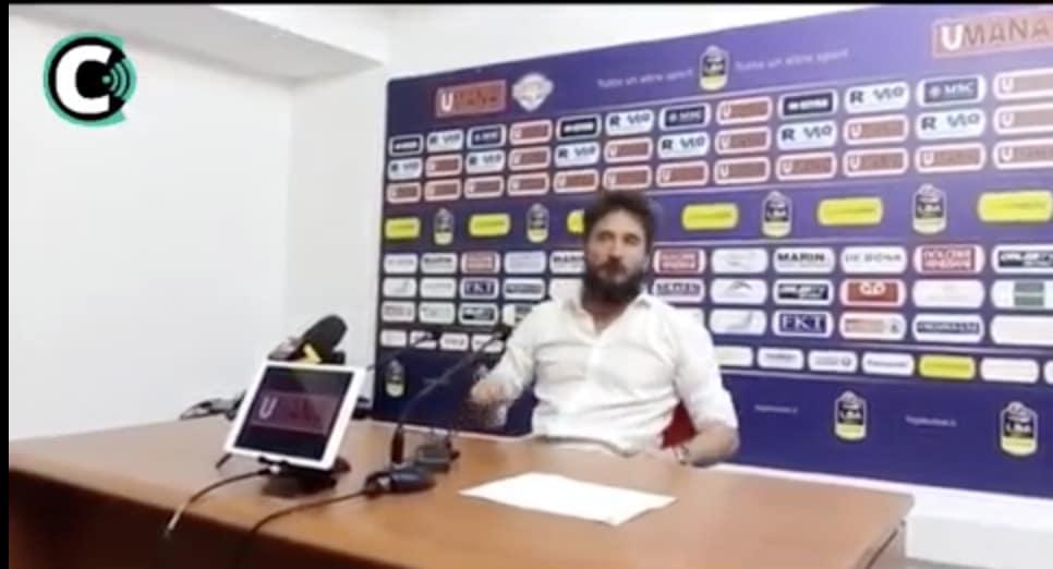 Pozzecco è una furia in conferenza stampa