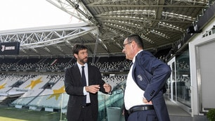 Juve, Agnelli e Sarri a colloquio all'interno dello Stadium