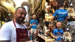 Manolas a Napoli è già nel presepe