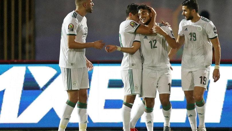 Calendario Coppa Dafrica.Coppa D Africa Doppio Ounas Algeria Agli Ottavi Avanti
