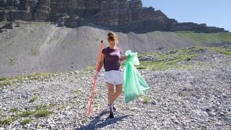 4 eventi eco-sostenibili di Burton per ripulire le montagne dai rifiuti