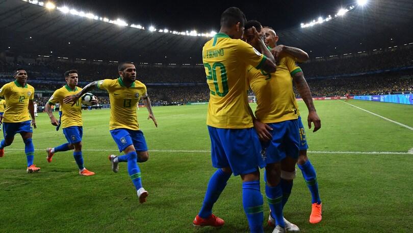 Brasile, 2-0 all'Argentina con Gabriel Jesus e Firmino: è finale di Coppa America!