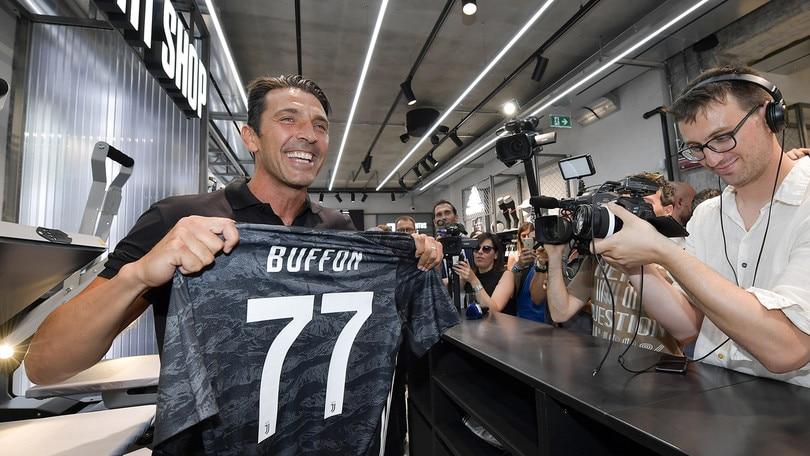 Buffon alla Juventus, quanti record da battere tra campionato e Champions