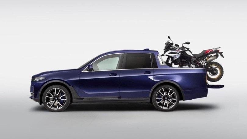BMW X7 pick-up, one-off leggero e spazioso