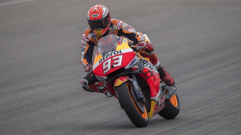 Sachsenring: Marquez centra la pole, Valentino Rossi undicesimo