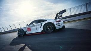 Nuova Porsche 911 RSR GTE: le immagini