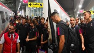 Bologna, partenza in treno per il ritiro