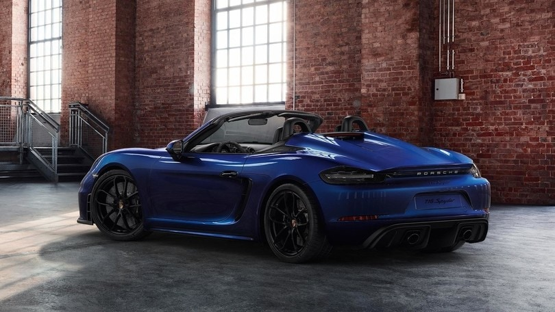 Porsche 718 Spider, Exclusive Manufaktur rinnova lo stile