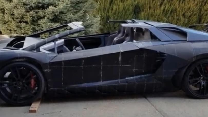 Lamborghini Aventador in 3D: la costruzione con la stampante VIDEO
