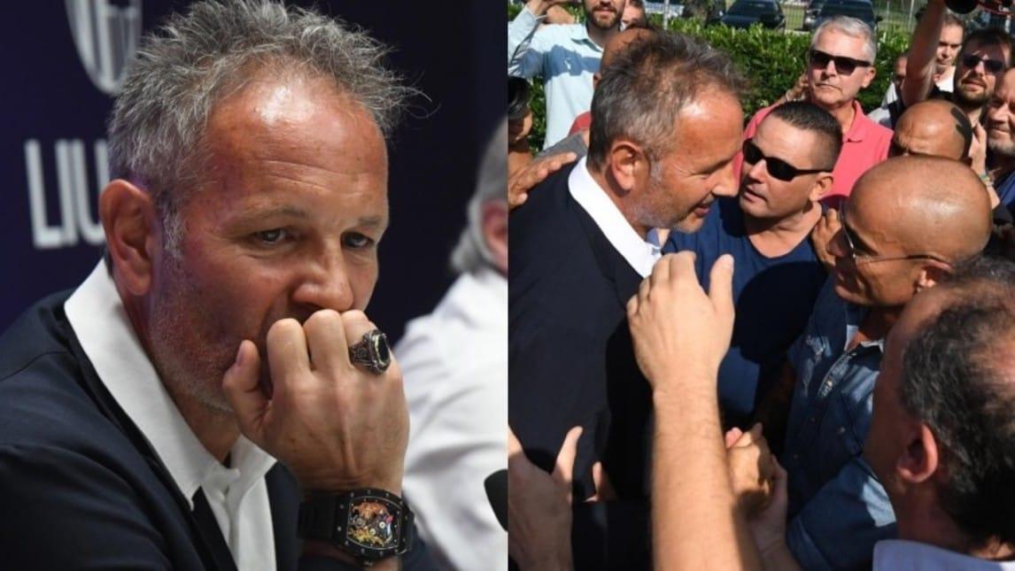 """Il tecnico del Bologna non è riuscito a trattenere la commozione dopo aver rivelato la scoperta della leucemia: """"Sinisa non mollare"""" lo striscione posto sul muro del centro tecnico di Casteldebole"""