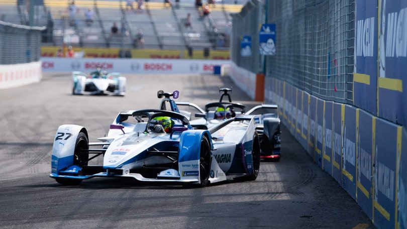ePrix New York: Sims in pole