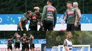 Napoli, che sorrisi a Dimaro! Mertens e Malcuit scherzano durante l'allenamento