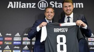 Ramsey sceglie la 8 di Marchisio: inizia l'avventura con la Juve