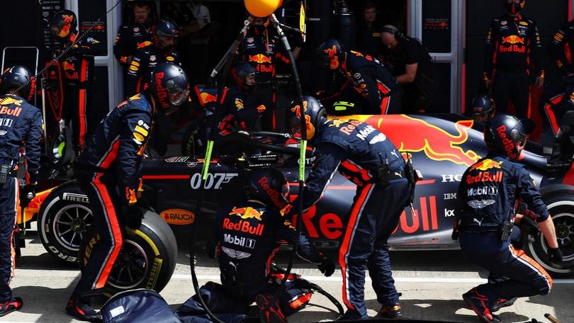 La Red Bull batte il record del pit stop più veloce