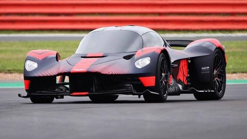 Aston Martin Valkyrie, la freccia di Silverstone