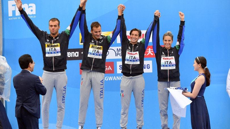 Italia, medaglia d'argento nella staffetta mista 5 km