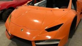 Brasile, garage pieno di Ferrari e Lamborghini false: le immagini