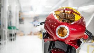 MV Agusta Serie Oro Brutale 1000 e Superveloce 800 sold out: le foto