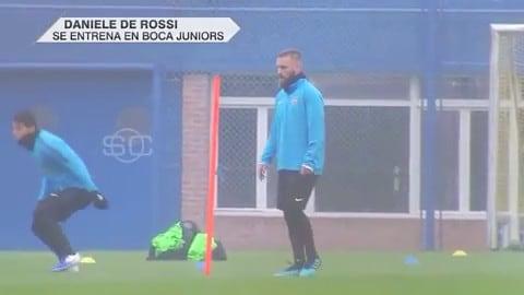 De Rossi in campo per il primo allenamento con il Boca Juniors