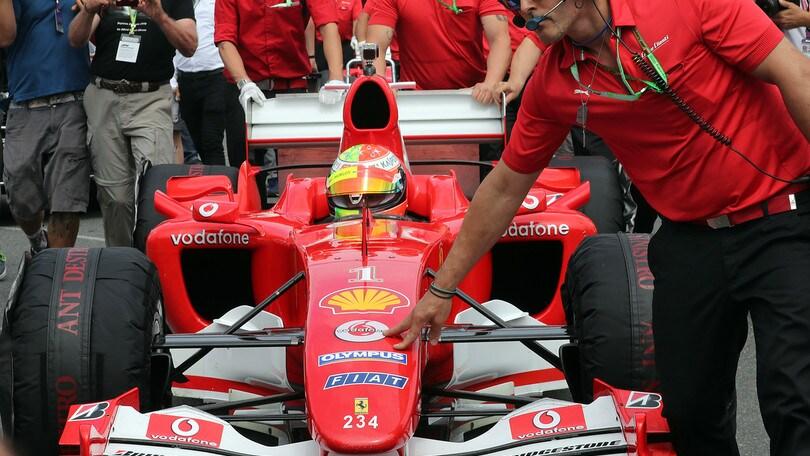 """Mick Schumacher al volante della F2004: """"Emozione incredibile"""""""