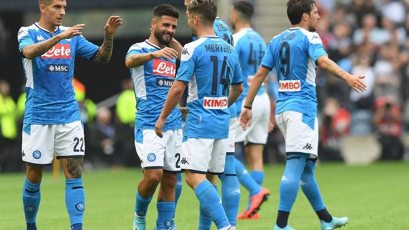 Il Napoli annienta il Liverpool: 3-0 con Insigne superstar