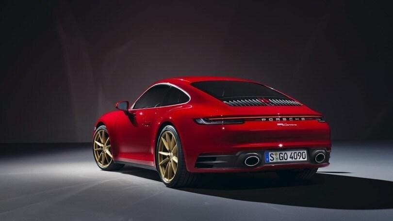 Nuova Porsche 911 Carrera, una piccola 992