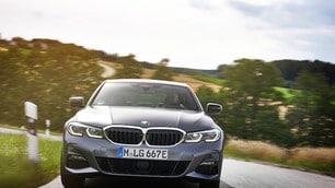 BMW Serie 3 Plug-In Hybrid: tutti gli scatti