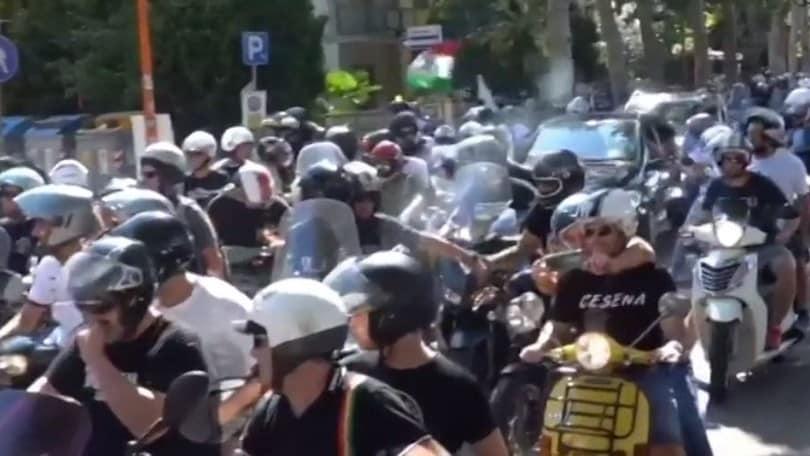 Cesena, i tifosi su due ruote per il match con il Rimini VIDEO