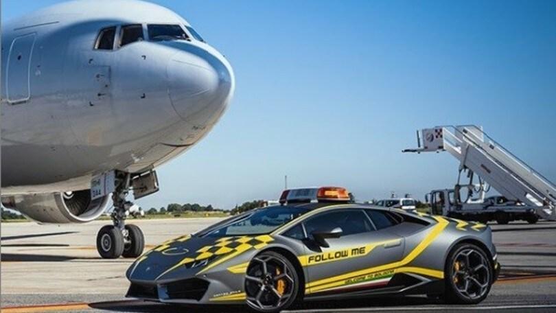 Lamborghini Huracán, la supercar dell'aeroporto di Bologna