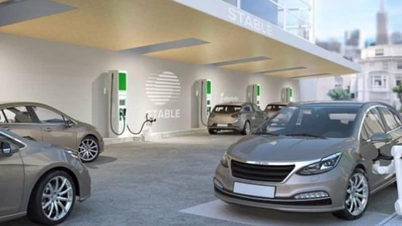 Usa, le auto elettriche si ricaricano automaticamente