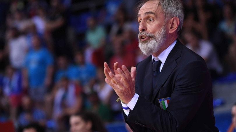 Marco Crespi non sarà più il ct della Nazionale femminile di basket