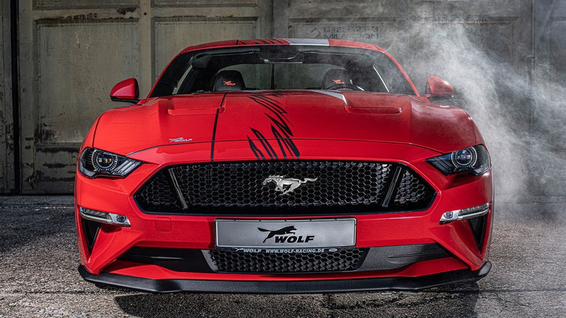 "Ford Mustang ""One of 7"", 735 cv con Wolf Racing"