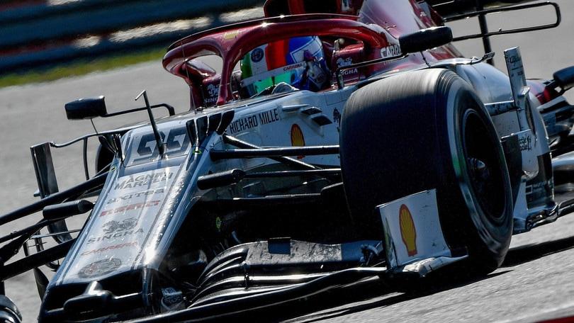 F1, Hamilton punge Rosberg: