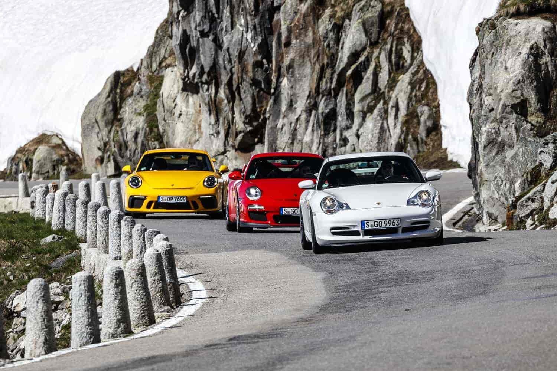 Porsche 911 GT3, le immagini di 20 anni speciali