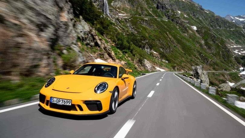 Porsche 911 GT3, il mito tedesco compie 20 anni