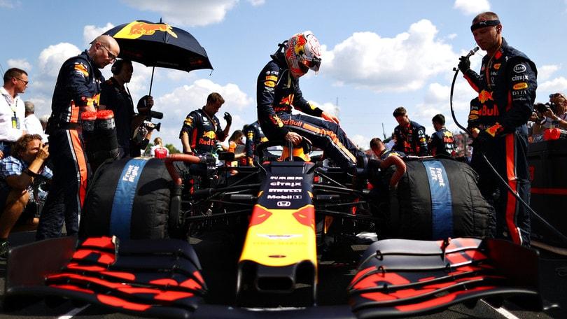 "Red Bull, Verstappen: ""La Mercedes è dominante"""