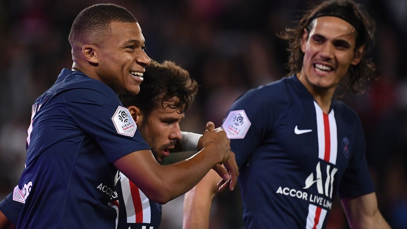 Psg, tris al debutto in Ligue 1. Neymar contestato