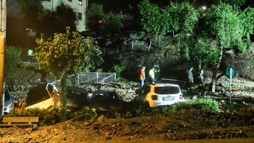 Lodi, caos maltempo: bomba d'acqua e vento a 80 chilometri orari