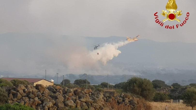 Incendio nel Nuorese, mille ettari in fumo