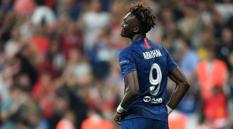Chelsea, insulti razzisti contro Abraham