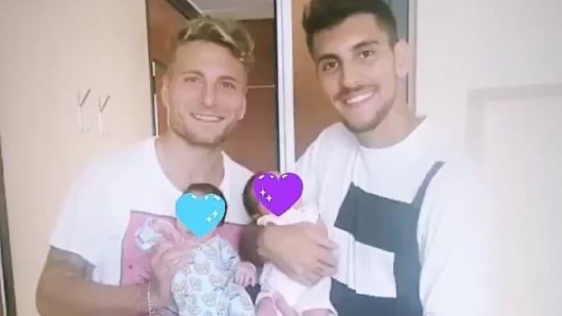 Lazio-Roma, il derby dei papà: Immobile e Pellegrini con i piccoli Mattia e Camilla