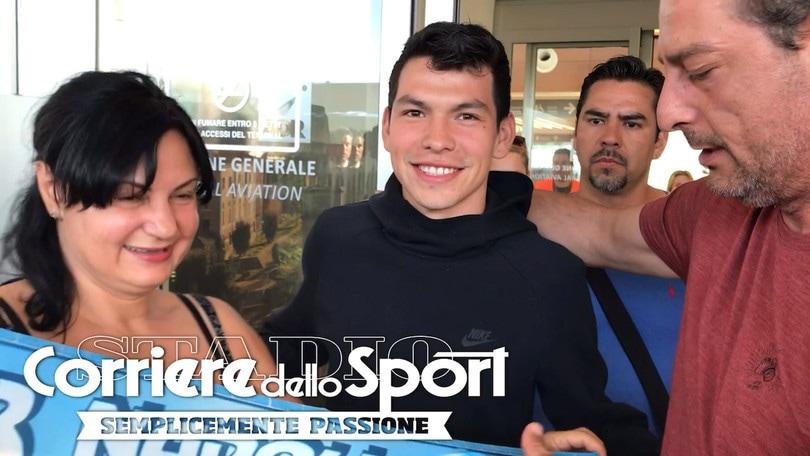 Napoli, Lozano è sbarcato a Roma: video e foto