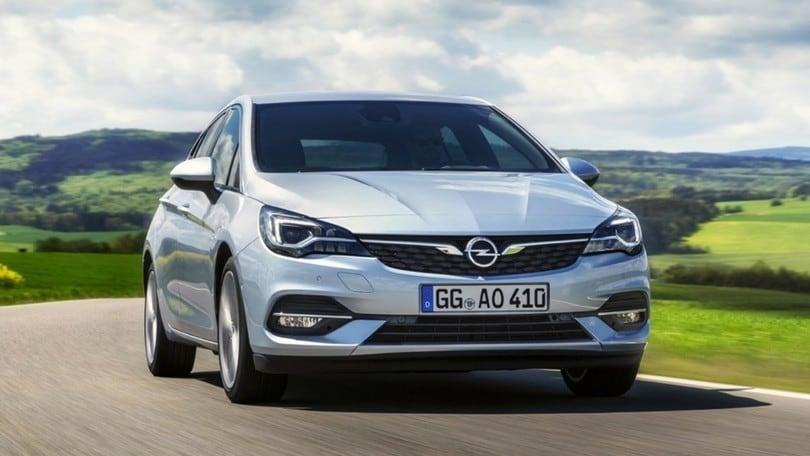 Opel Astra, il restyling debutta al Salone di Francoforte
