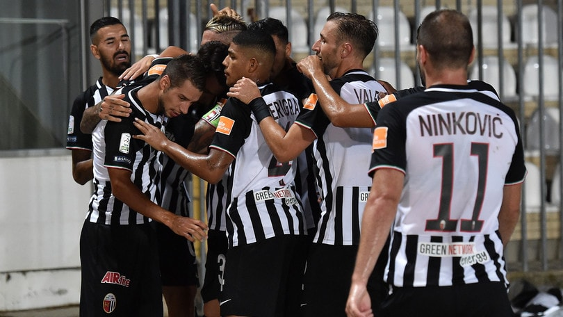 Serie B: l'Ascoli supera il Trapani. Livorno ko